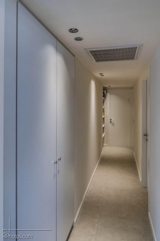 תאורה למסדרונות